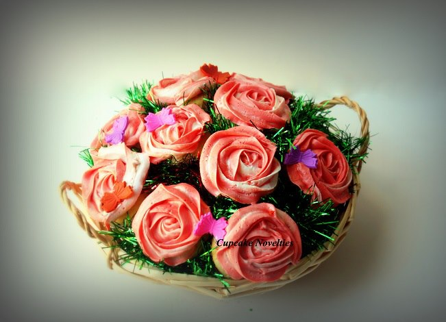 Cupcake Bouquet with Salted Caramel & Red Velvet Cupcakes